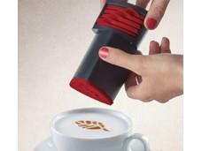 Urządzenie do zdobienia cappuccino sypką czekoladą Aerolatte